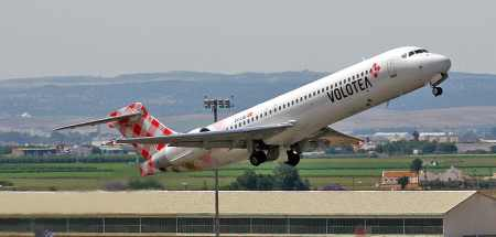 Volotea B717 by http://www.flickr.com/people/14035760@N03