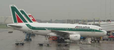 Airbus 319 Alitalia - Common Creative CCL  3.0, author: Universe876