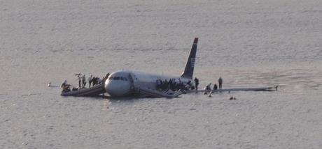 US Airways Flight 1549 -Greg L - cropped from File:Plane crash into Hudson River.jpg (originally posted to Flickr as Plane crash into Hudson River)